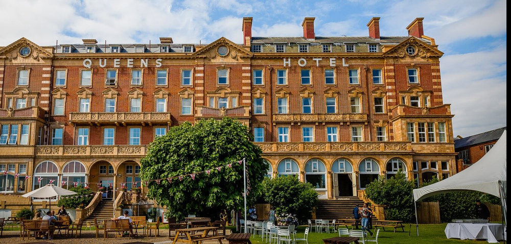 CASE STUDY : Queens Hotel Portsmouth